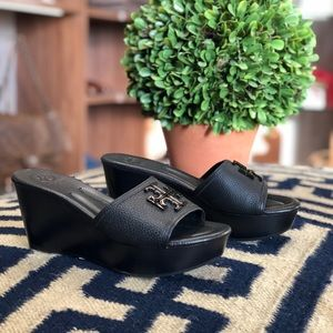 TORY BURCH LOWELL WEDGE SLIDE